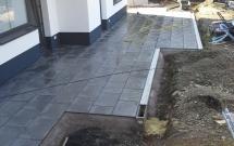 Terrassenbau mit Keramikplatten anthrazit